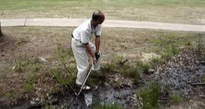 Why some should not play golf in white clothes!